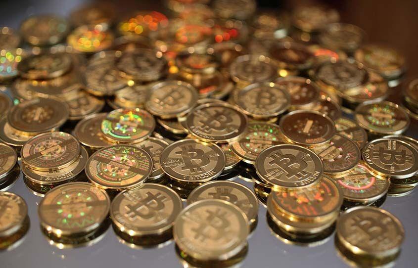 В какую криптовалюту делать вклад?